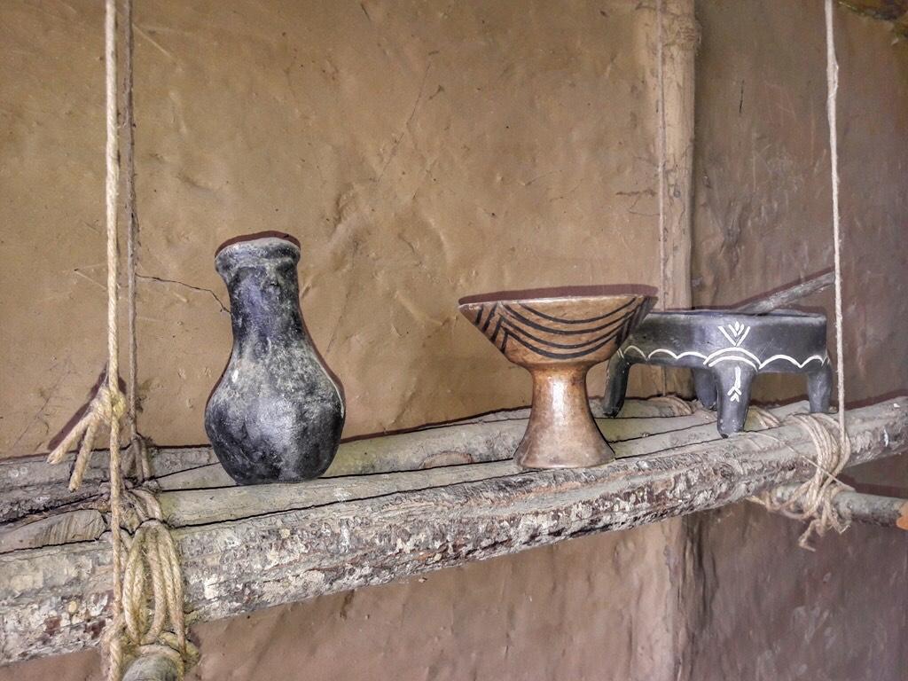 Εσωτερικό καλύβας Νεολιθικού οικισμού